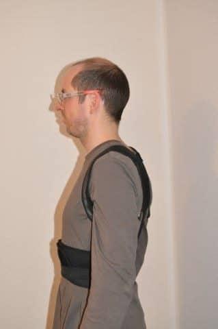 Geradehalter Rücken Tencoz - von der Seite